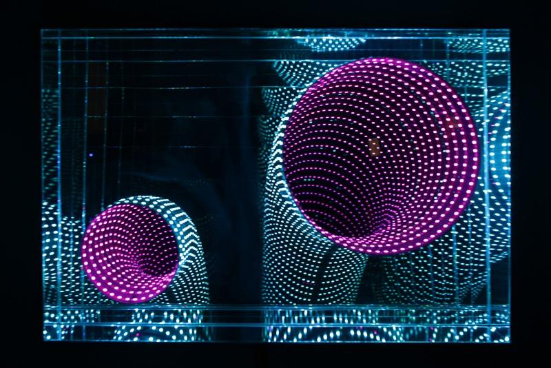 Hans Kotter Double view 2012 90x60cm Plexigals, mirror, metal, LED color change, Remote