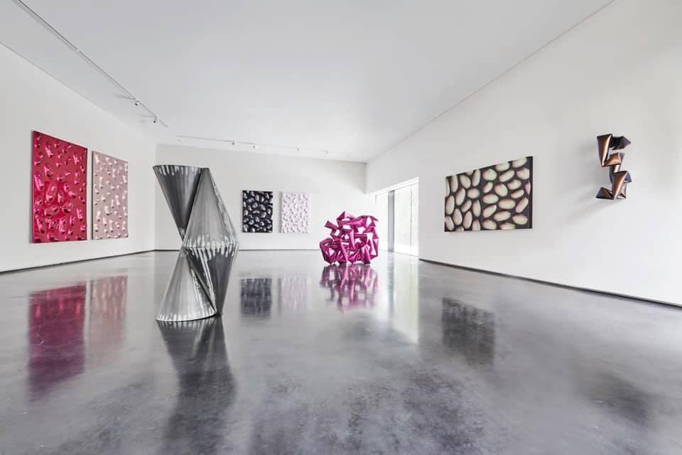 Willi Siber威利·希伯(德,b.1949) Bluerider 代理雕塑藝術家於年滿70歲之際,於德國Museum Villa Rot美術館..