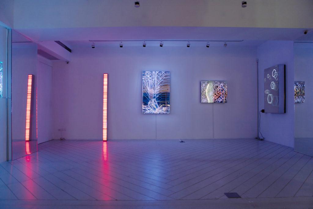BlueriderDaily 媒體 白晝與黑暗的光行者 漢斯·卡特 亞洲首個展《Beyond Light 光徑》