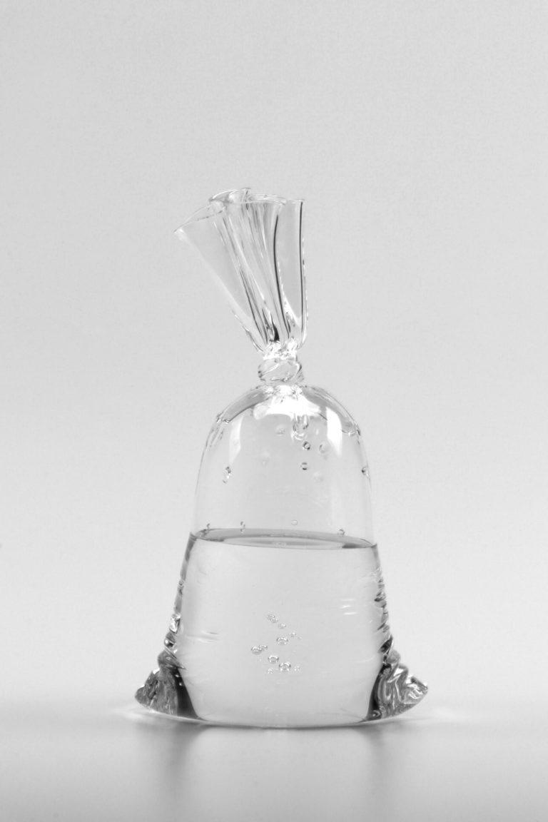 Dylan Martinez H2O/SiO2 A219 2021 25x14x10.5cm   Glass sculpture